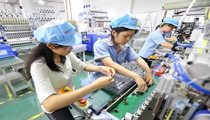 على غير المتوقع توسع نشاط الصناعات التحويلية في الصين
