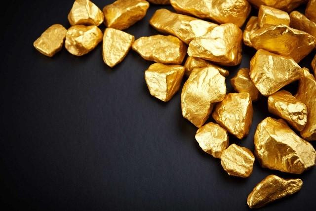 الذهب اليوم يتراجع يوم الاثنين عن مستوى 1500 دولاراً
